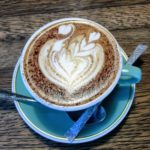【Mojo Coffee(モジョ コーヒー)】でフォトジェニックなひととき!