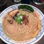 【麺や 庄の/市ヶ谷】濃厚豚骨魚介スープが美味しい人気店でラーメンを食べる